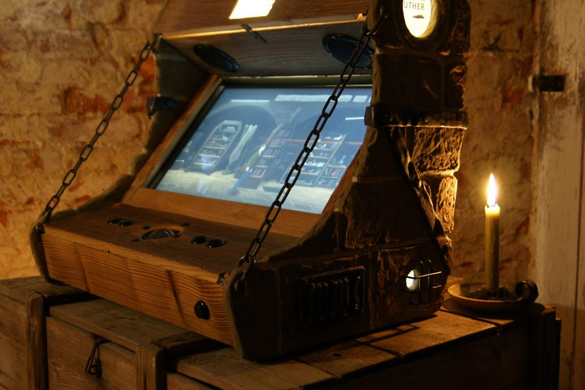 Gamification - Arcadebau - Foto Retro Spielekonsole für Luther Game