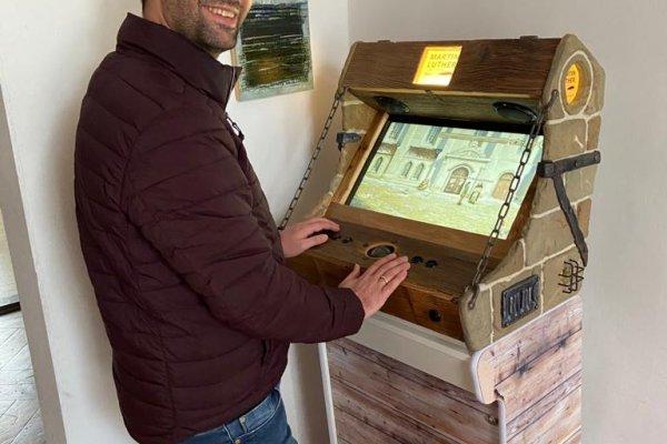 Unsere Arcade in der Evangelischen Hochschulgemeinde der TUM steht!
