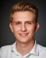 <p><strong>Bastian Rötzer</strong></p> <p>Marketing</p>